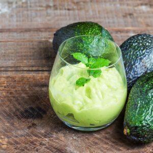 Iti recomandam sa consumi avocado